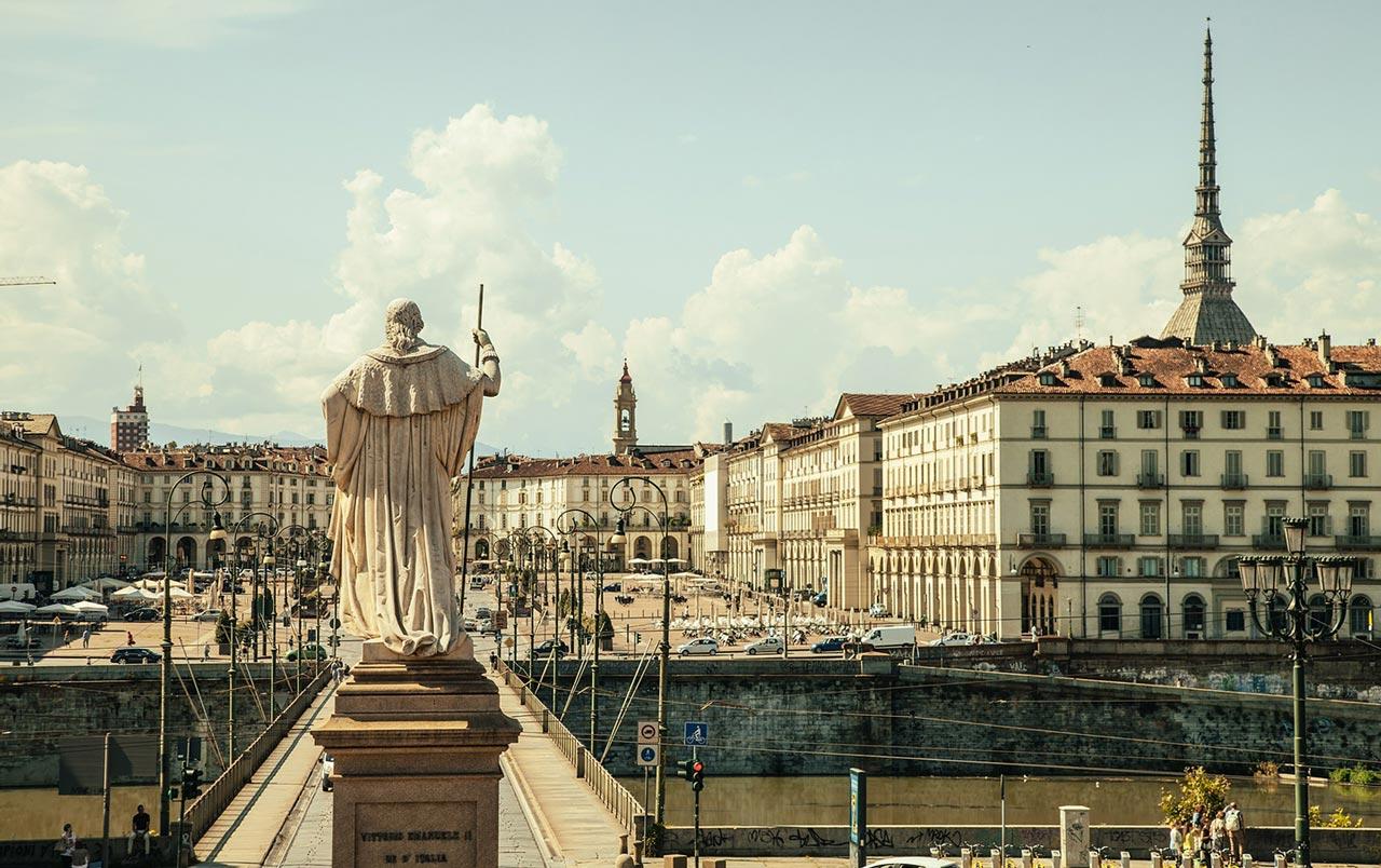 Slide Torino Centro - passione per il bello case esclusive