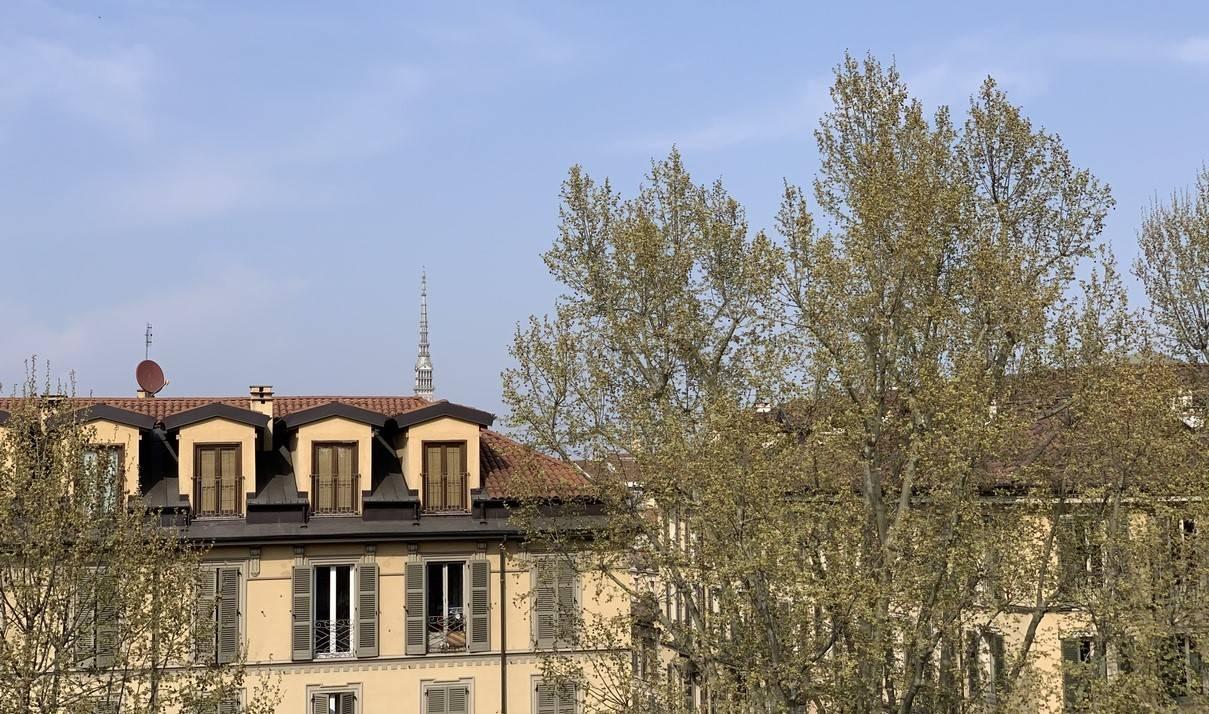 VITTORIO EMANUELE PARCO VALENTINO MADAMA CRISTINA CENTRO TRILOCALE 2 CAMERE CUCINA PIANO ALTO 70 MQ